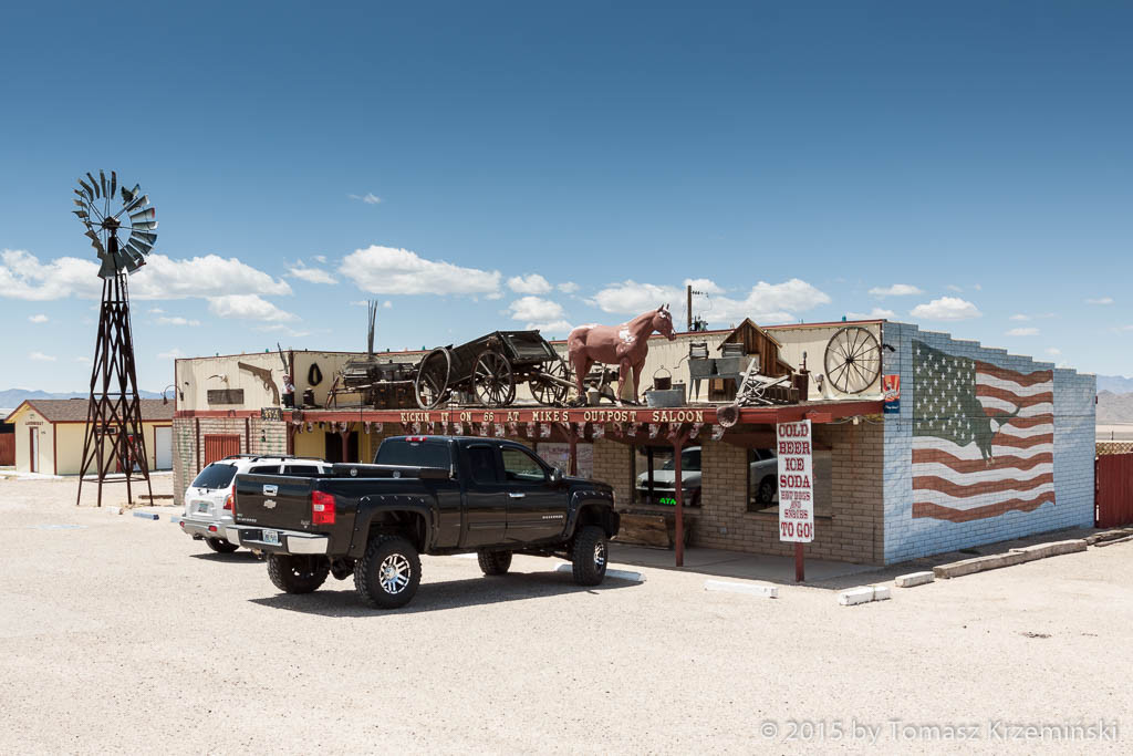 Mike's Outpost Saloon and Gift Shop, Kingman AZ
