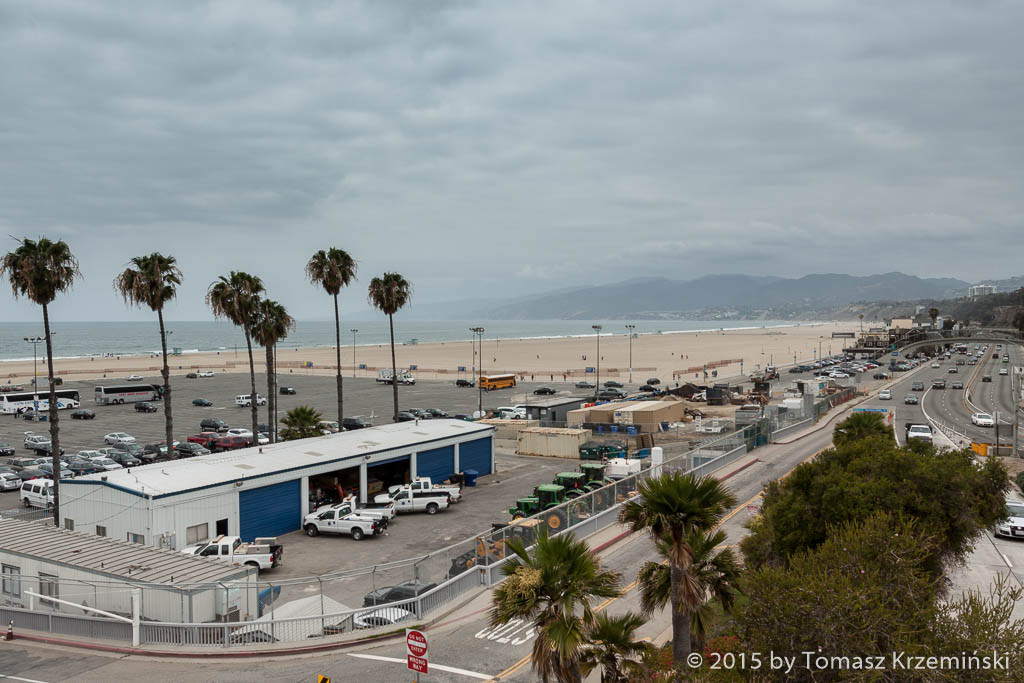 A view of the beach from Palisades Park, Santa Monica CA